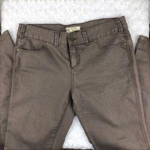 Free people light brown skinny jeans Sz 29